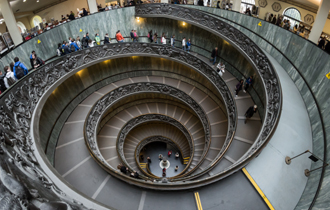 vatican_museums_spiral_staircase_2012